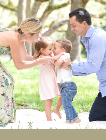 The Holtzmans | Children & Family Photography