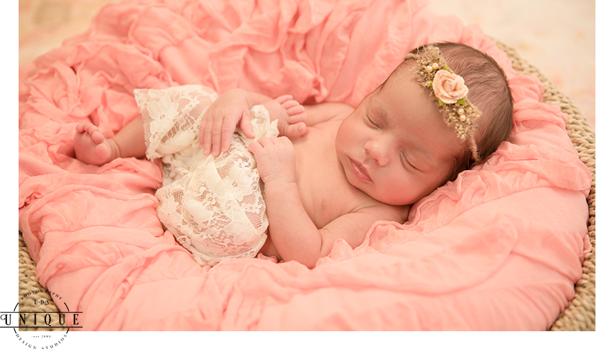 Newborn-newborn shoot-photoshoot-UDS-Unique Design Studios-UDS photo-9